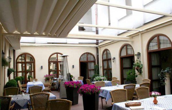 Pergola supro dachowa, pergola dach przeciwsłoneczny, pergola restauracyjna