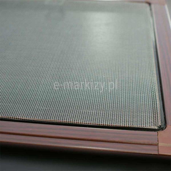 Moskitiera okienna ramkowa na wymiar, wycena moskitier, siatka moskitowa na okno