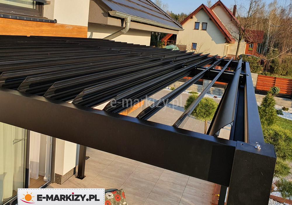 Pergola aluminiowa otwierany dach lamelowy, kąt nachylenia lameli