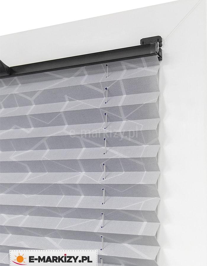Wzorzyste plisy okienne, młodzieżowe plisy, żaluzja plisowana nowoczesna